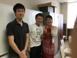 京外大の2人とユリコ